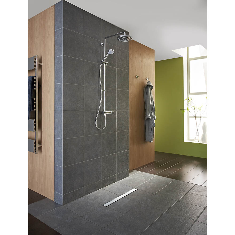 Mira - Agile ERD Thermostatic Shower Mixer - Chrome - 1.1736.403 - Image of a Mira Agile ERD Thermostatic shower mixer in a neutral bathroom