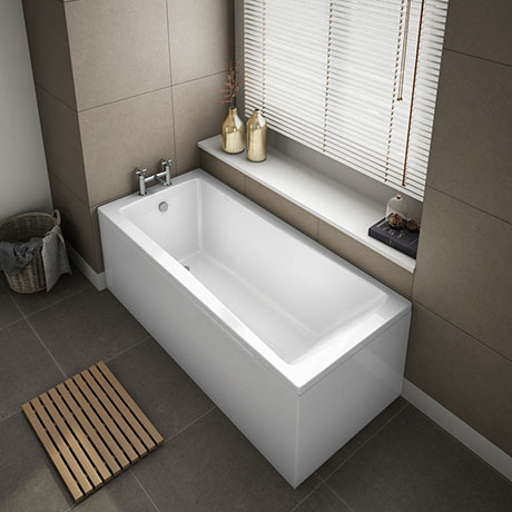 1500 x 700 Square Single Ended Bath + Panels