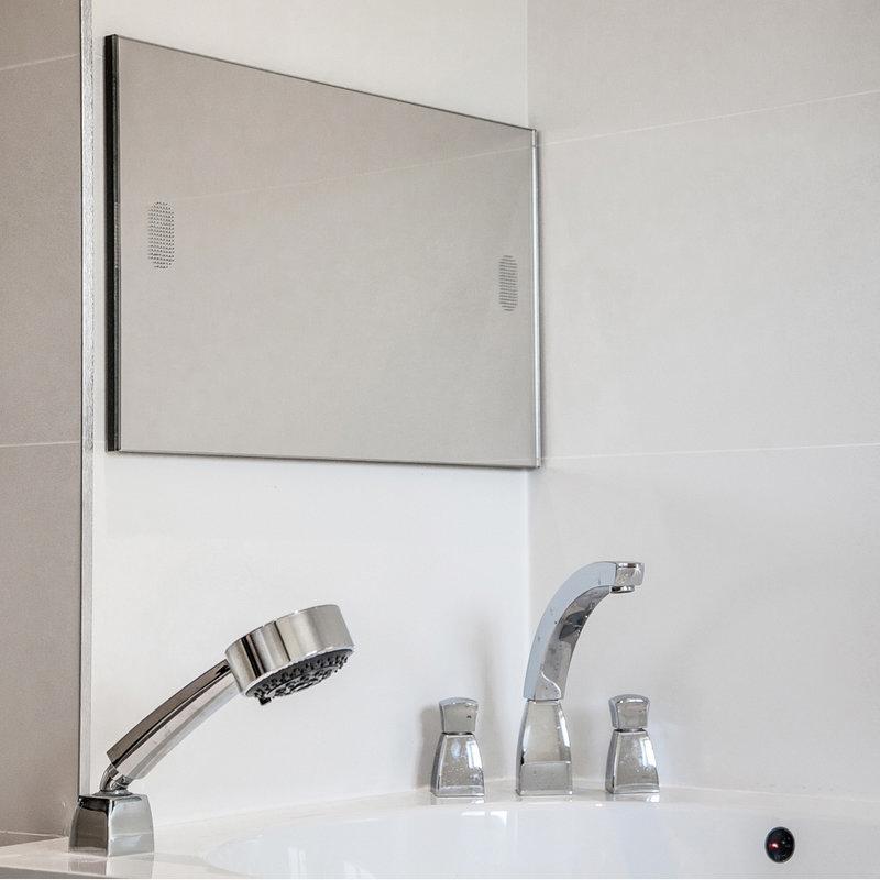 "19"" Advanced Waterproof Bathroom TV additional Large Image"