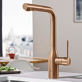 Grohe Essence Rose Gold Kitchen Sink Mixer with Pull Out Spray - Brushed Warm Sunset - 30270DL0