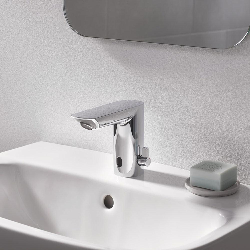 Grohe Bau Cosmopolitan E Infra-Red Electronic Basin Mixer - 36451000