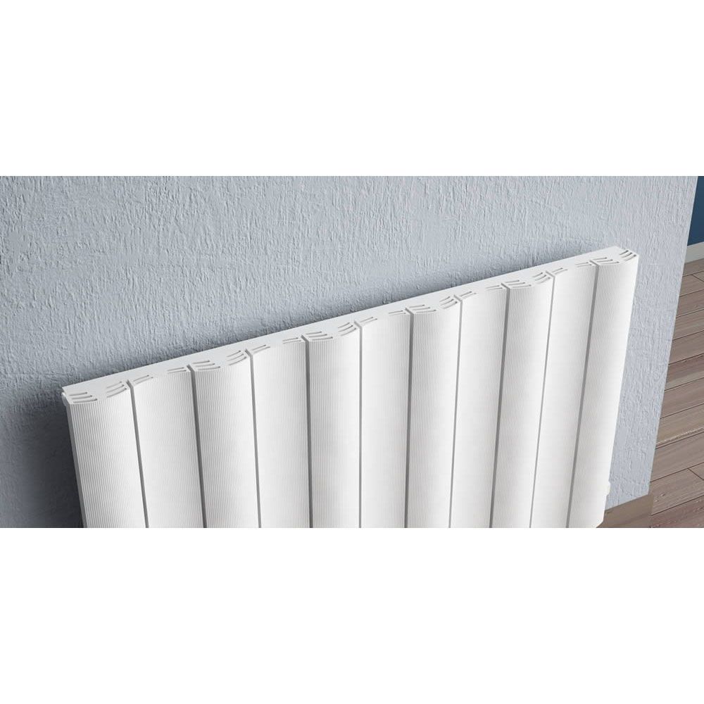 Reina Gio Horizontal Single Panel Aluminium Radiator - White Feature Large Image
