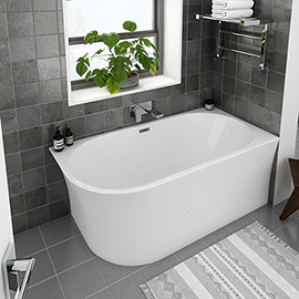 Arezzo 1500 x 750 Modern Curved Corner Bath