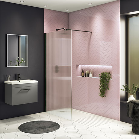 Arezzo 1400 x 900 Fluted Glass Matt Black Profile Wet Room (800mm Screen, Square Support Arm + Tray)