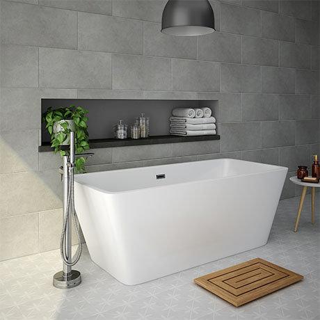 Valencia 1615 Square Modern Freestanding Bath