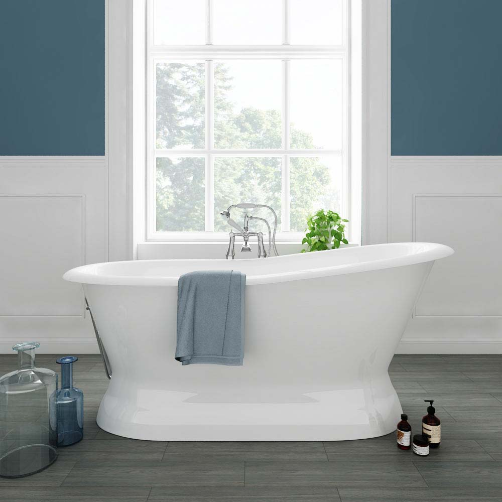 Brittany 1700 x 780mm Single Ended Roll Top Cast Iron Bateau Bath Large Image