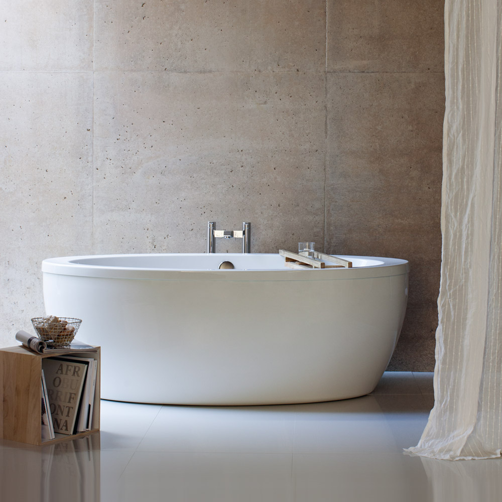 Cleargreen - Freefuerte Double Ended Freestanding Bath & Surround - 1740 x 865mm profile large image view 1