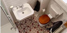 Traditional Bathroom Renovation - Four Seasons - Budapest