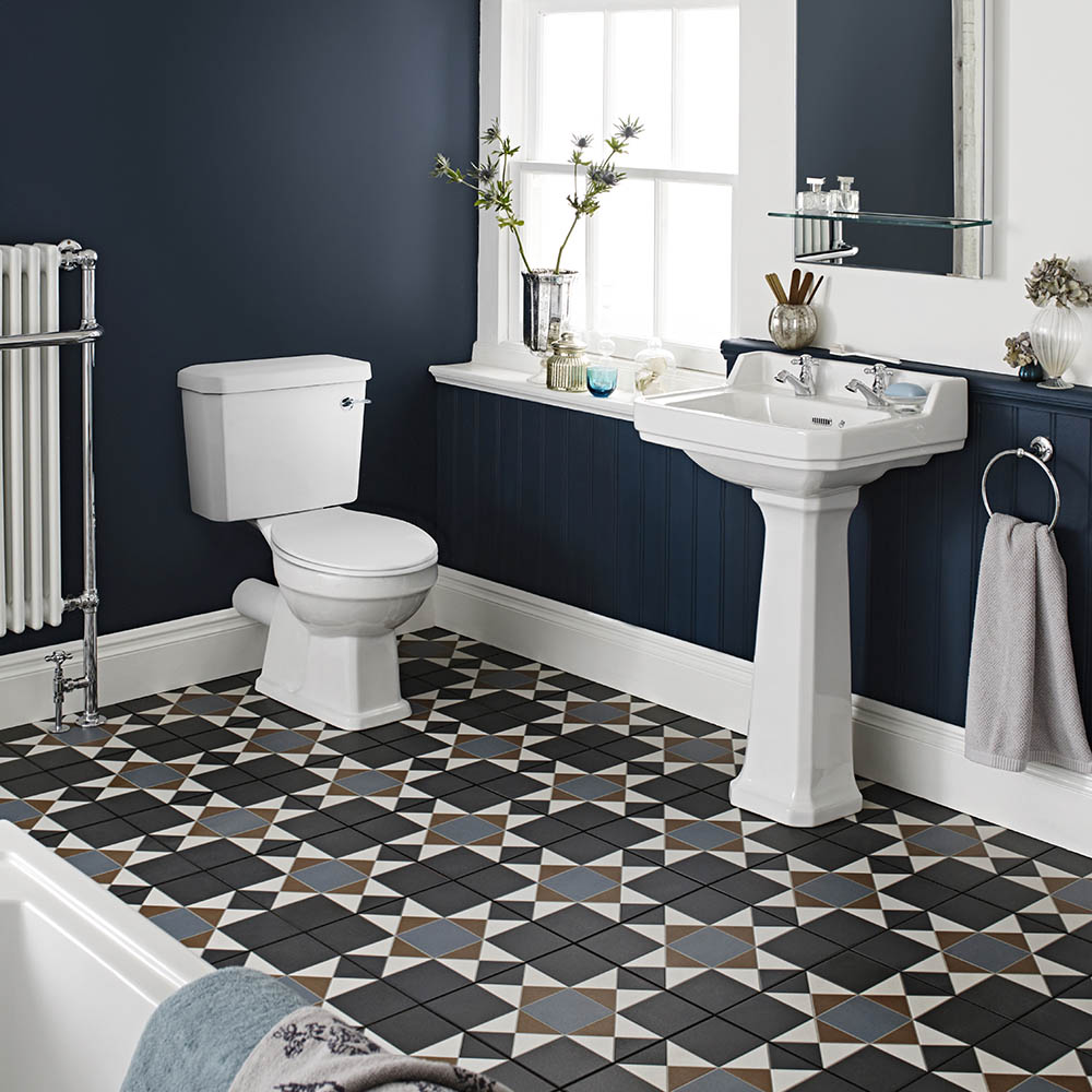 Nuie Carlton 4-Piece Traditional 2TH Bathroom Suite - 500mm Basin