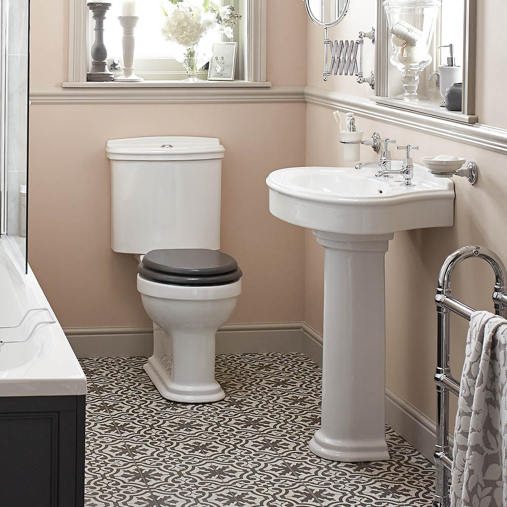 Heritage Claverton Traditional 4-Piece Bathroom Suite