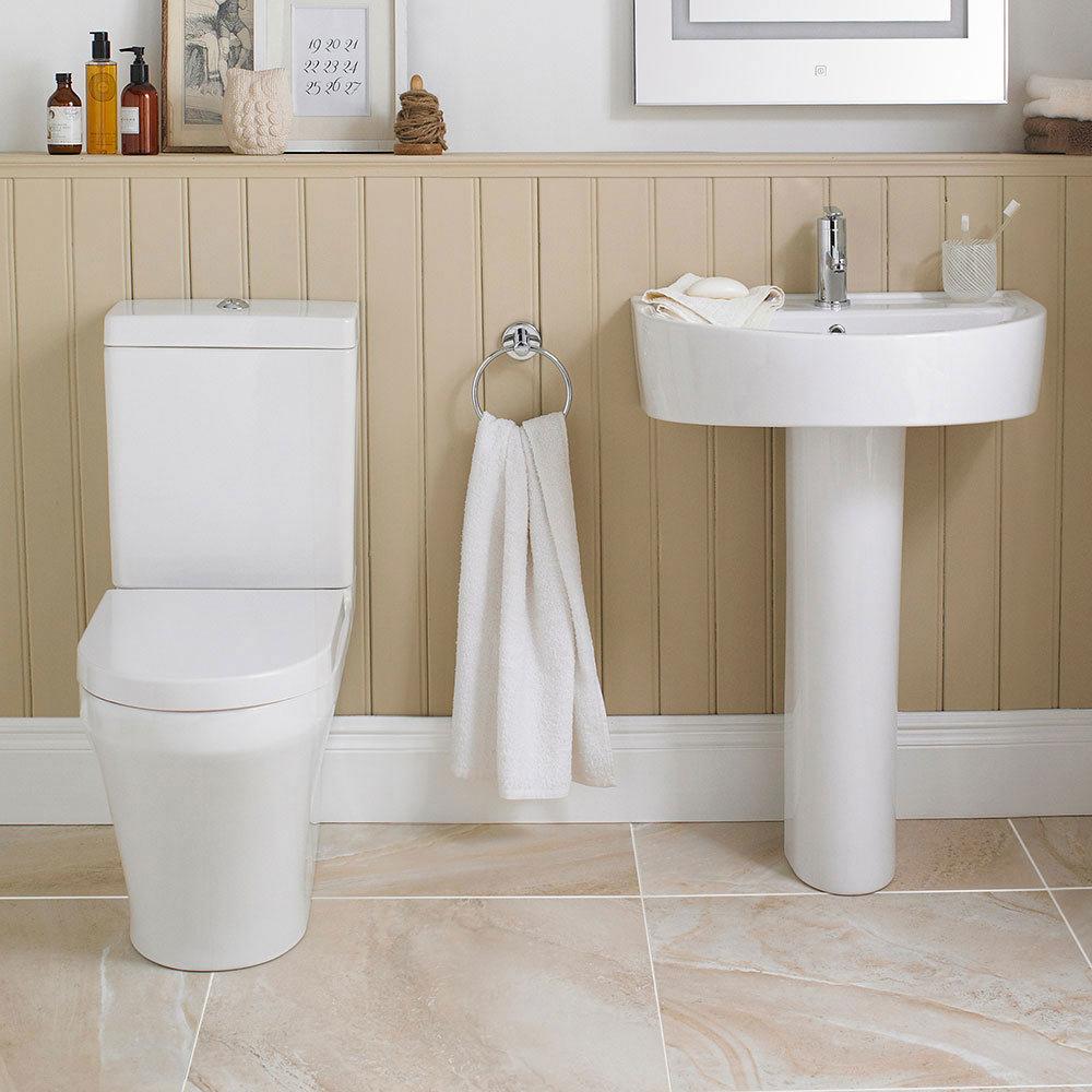 Toronto 4-Piece BTW Modern Bathroom Suite