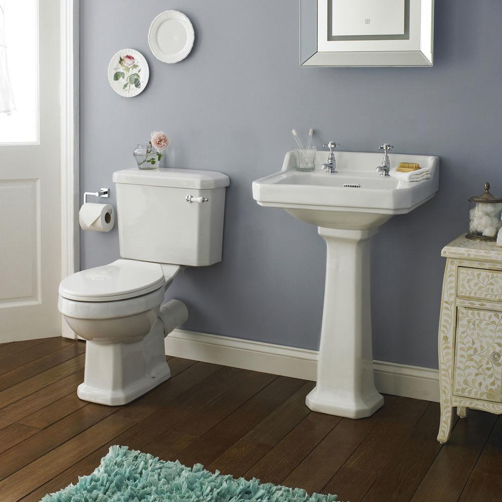 Premier Carlton 4 Piece Ceramic 2th Bathroom Suite Medium