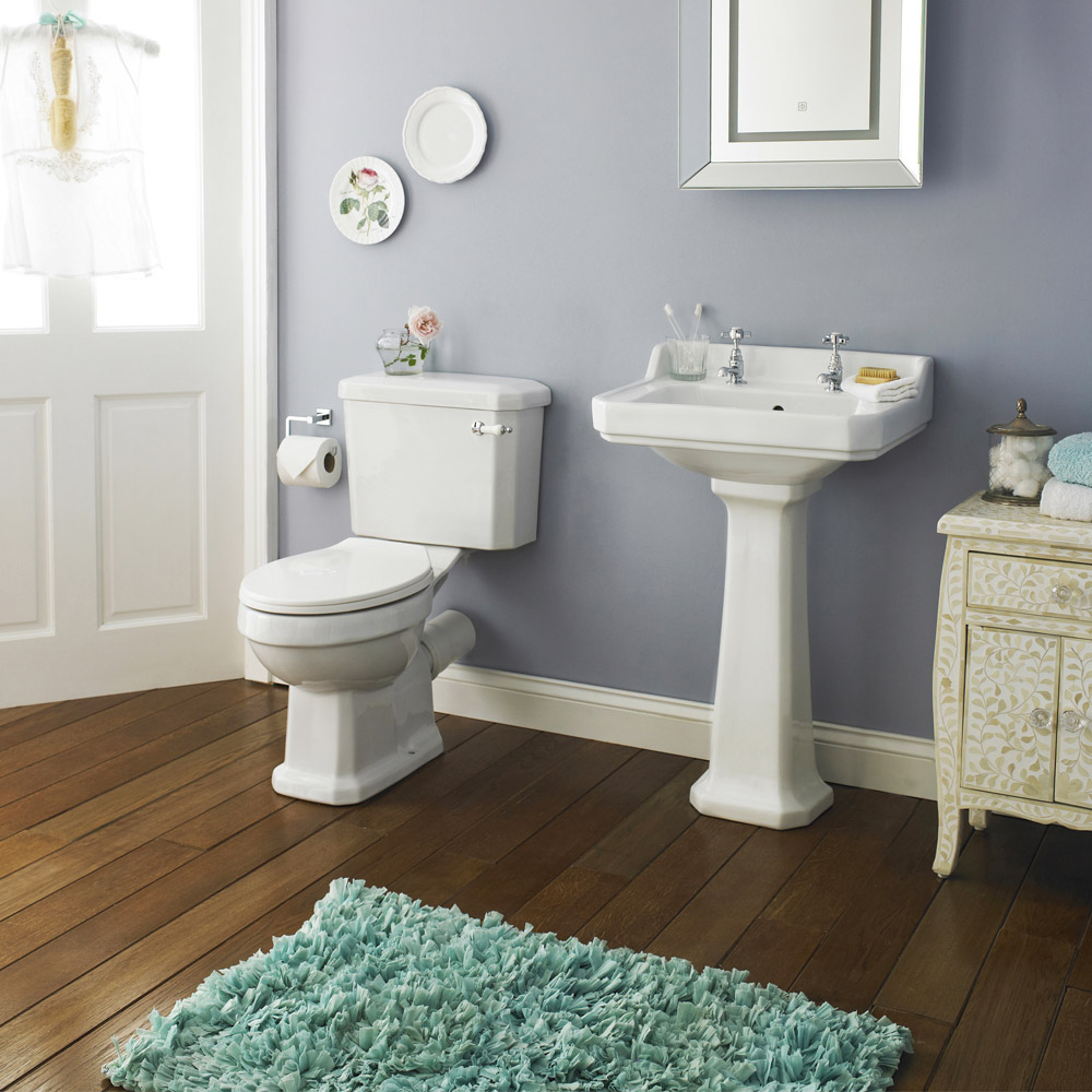 Carlton Traditional Bathroom Suite (1700 x 700mm) Profile Large Image