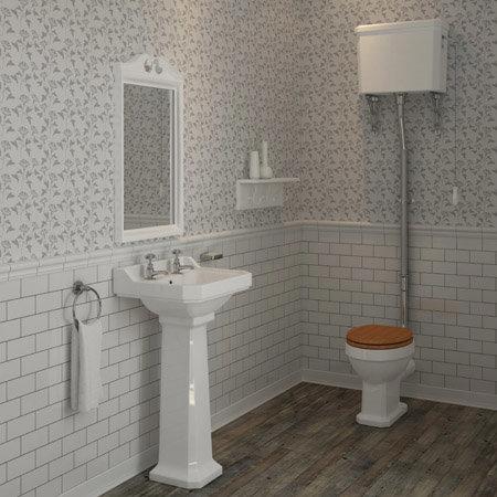 Trend Watch: Bathroom Wallpaper
