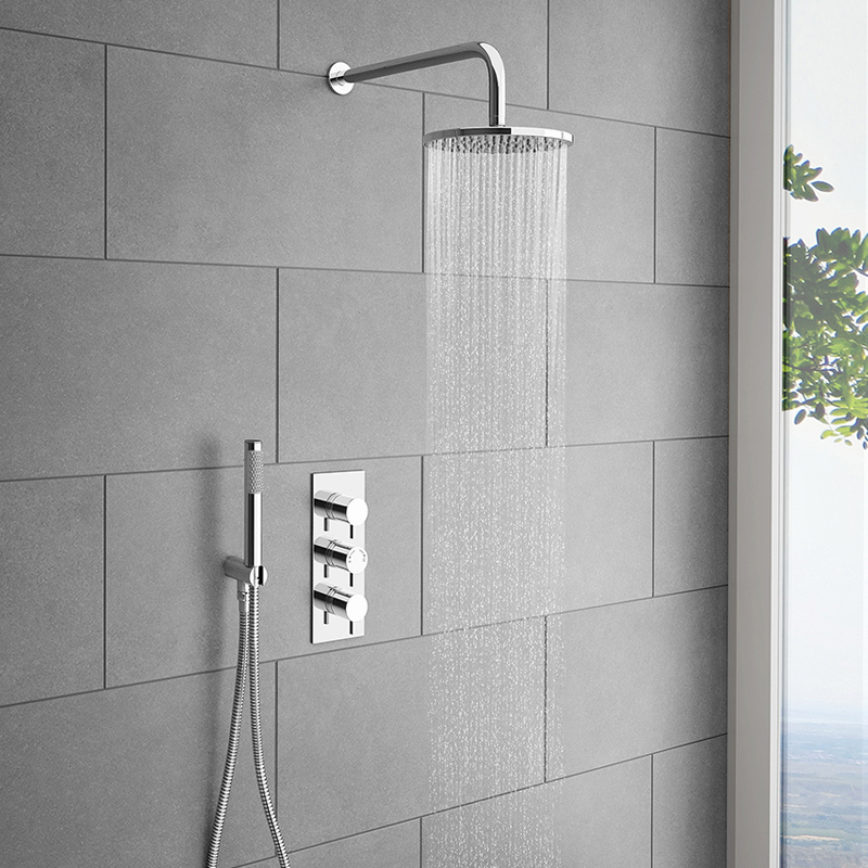 Cruze Round Triple Thermostatic Valve With Round Shower