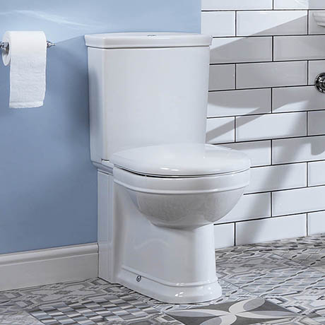 Silverdale Damea Close Coupled Toilet inc Soft Close Seat
