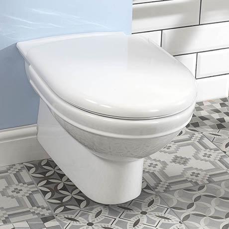Silverdale Damea Wall Mounted Toilet inc Soft Close Seat