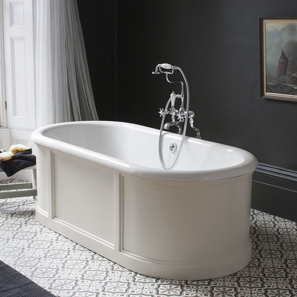 Burlington London 1800mm Bath with Curved Surround & Waste - Matt White profile large image view 2