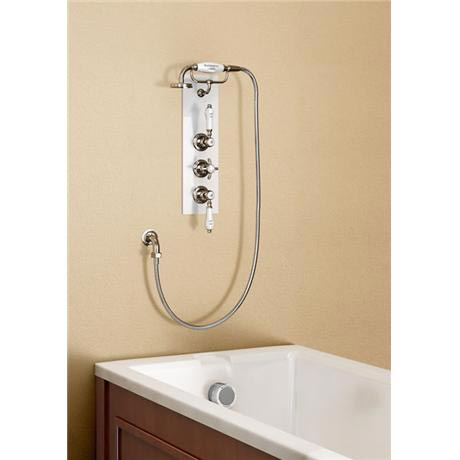 Burlington Clyde Anglesey Concealed Valve w/ Overflow Filler & Handset - Ceramic Backplate