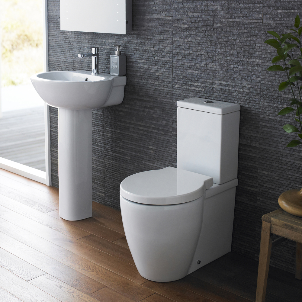 Hudson reed langdon 4 piece bathroom suite cc toilet for Bath sink and toilet packages