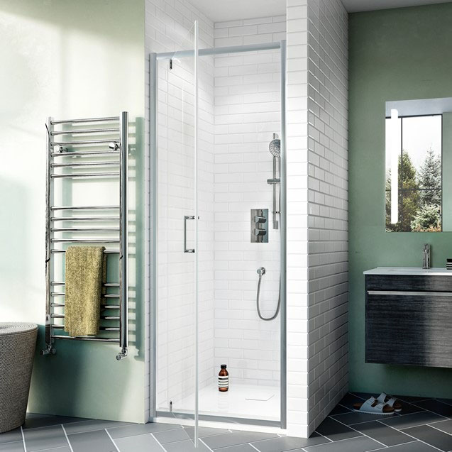 Crosswater Kai 6 Pivot Shower Door