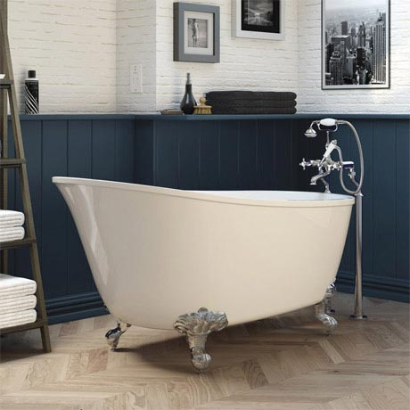 Kendrick 1500 Small Slipper Bath Inc. Chrome Feet