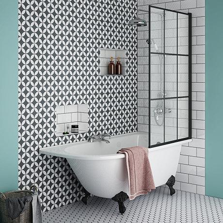 Appleby 1550 Roll Top Shower Bath with Matt Black Grid Screen + Leg Set