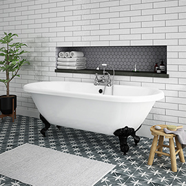 Duke 1795 Traditional Roll Top Bath + Matt Black Leg Set