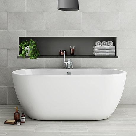 Metro 1655 Free Standing Modern Bath