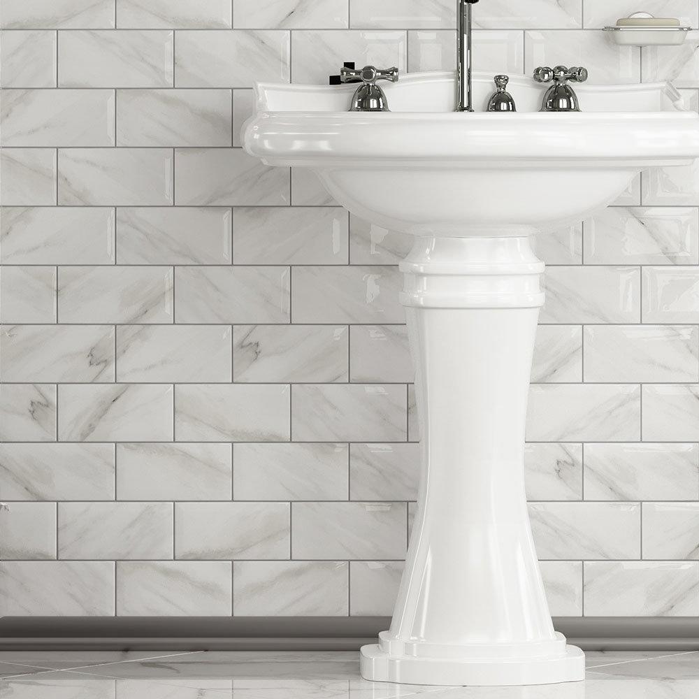 Victoria Metro Wall Tiles - White Marble Effect - 20 x 10cm