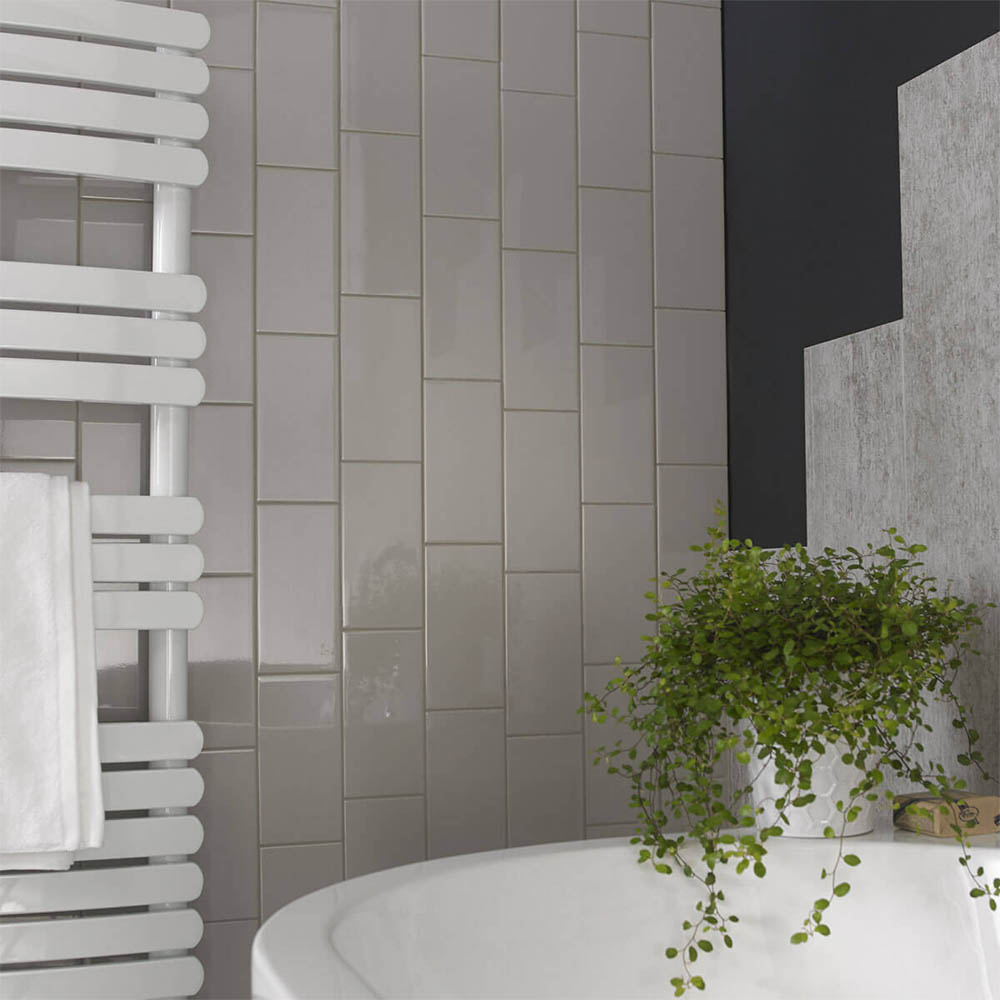 Metro Flat Wall Tiles - Gloss Grey - 20 x 10cm Large Image