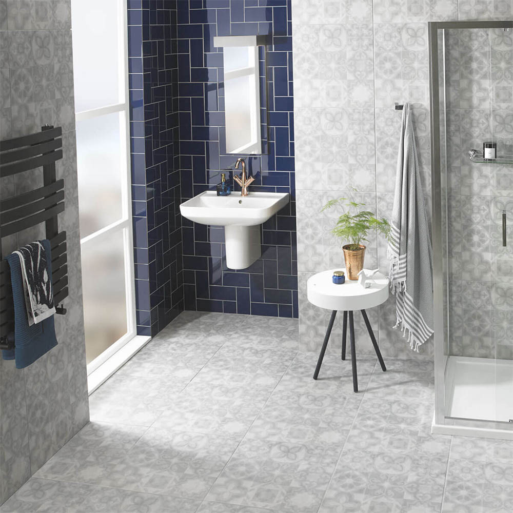Metro Flat Wall Tiles - Gloss Navy - 20 x 10cm  Feature Large Image