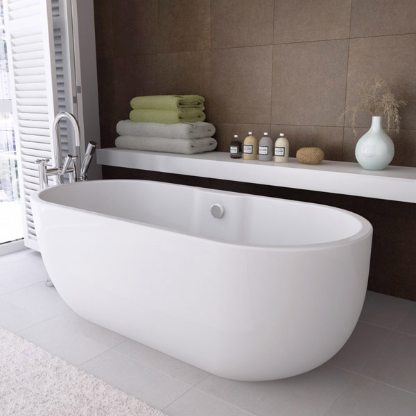 Modern double ended curved freestanding bath 1680 x 750mm for Bathtub styles