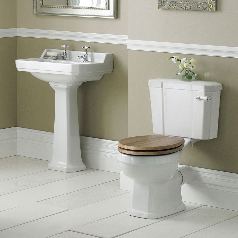 Legend Traditional Bathroom Suite At Victorian Plumbing Uk: Old London Richmond Traditional Bathroom Suite At