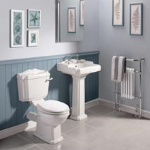 Oxford 5 Piece 2TH Traditional Ceramic Bathroom Suite Medium Image