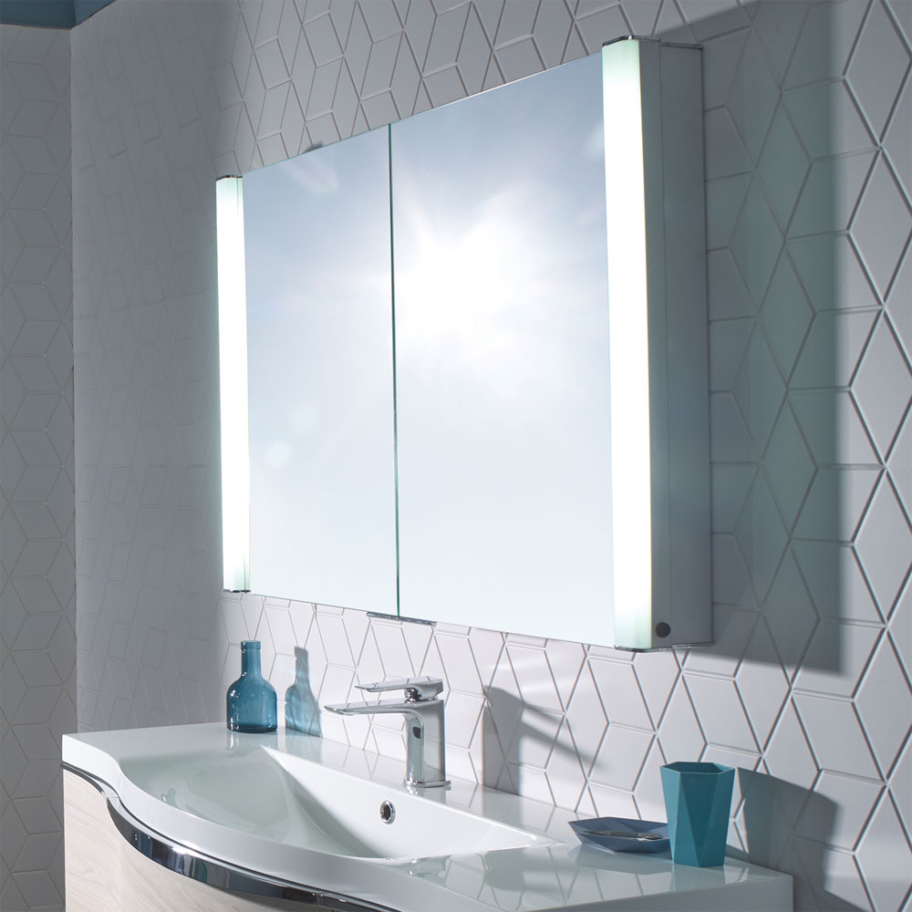 Roper Rhodes Perception Recessible Illuminated Mirror Cabinet - PE1000 Standard Large Image