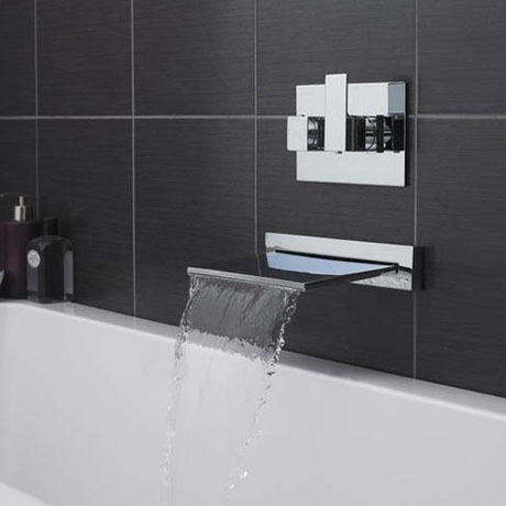 Hudson Reed Slimline Waterfall Filler with Concealed Thermostatic Valve