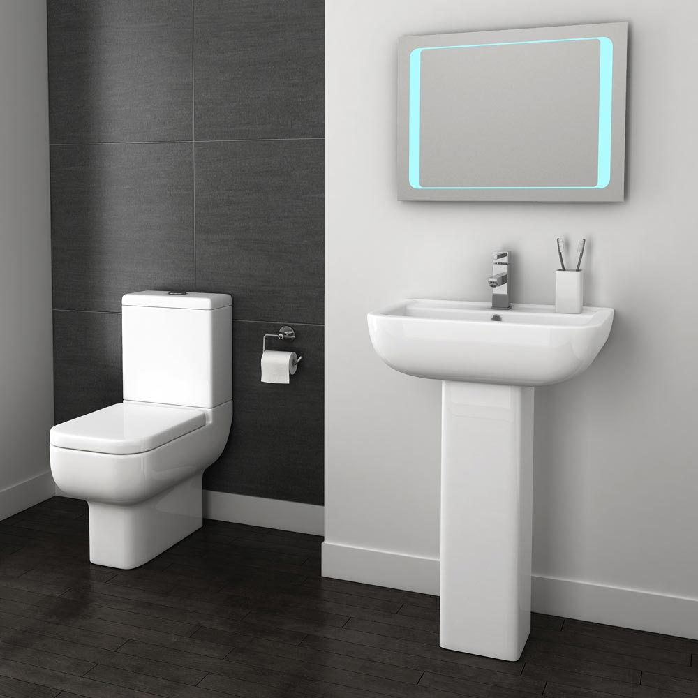 Pro 600 Modern Free Standing Bath Suite In Bathroom Large Image