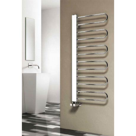 Reina Larino Steel Designer Radiator - Chrome