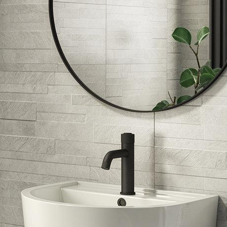 Runda White Slate Effect Split Face Tiles - 303 x 613mm