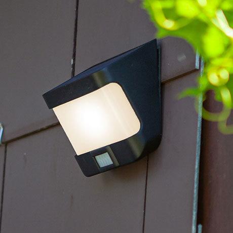 Revive Outdoor Solar PIR Wall Light (W118 x L125 x H69mm)