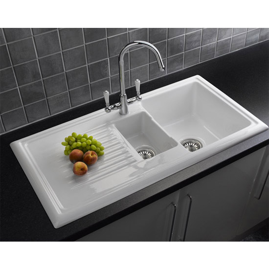 ceramic kitchen sinks 1 5 bowl reginox white ceramic 1 5 bowl kitchen sink at 8091