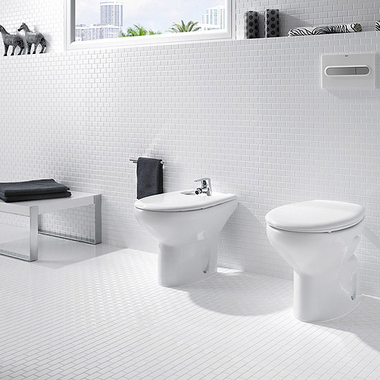 Roca Laura Floor-Standing Bidet with Cover Feature Large Image