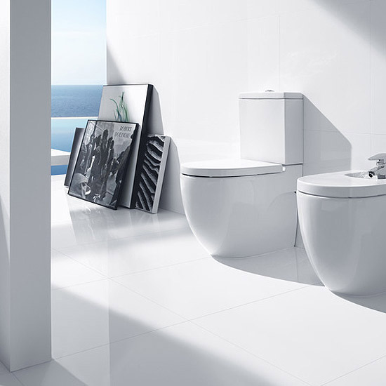 Roca Meridian-N Compact BTW Close Coupled Toilet with Soft-Close Seat Feature Large Image