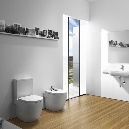 Roca Meridian-N Compact BTW Close Coupled Toilet with Soft-Close Seat Standard Large Image