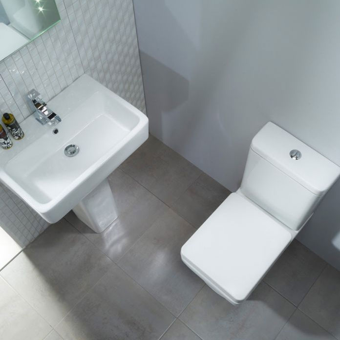 Tavistock Q60 Short Projection WC & Soft Close Seat In Bathroom Large Image