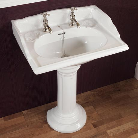 Silverdale Victorian 635mm Wide Basin with Full Pedestal