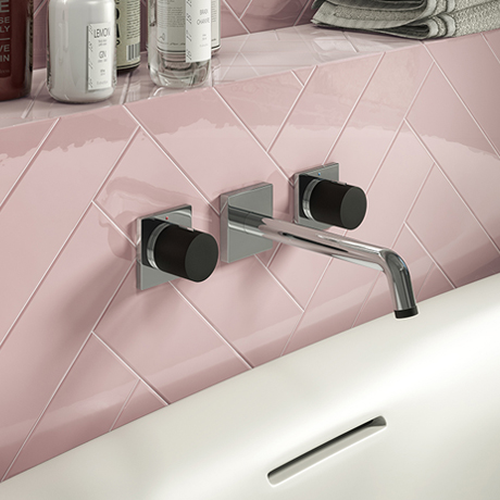 Venice Modern 3TH Round Wall Mounted Bath Filler - Chrome / Matt Black