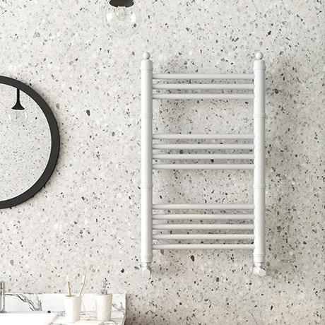 Keswick White Traditional 500 x 800mm Heated Towel Rail