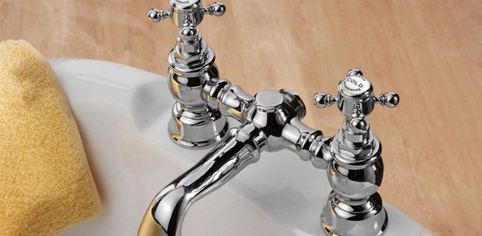 Bathroom crosshead tap